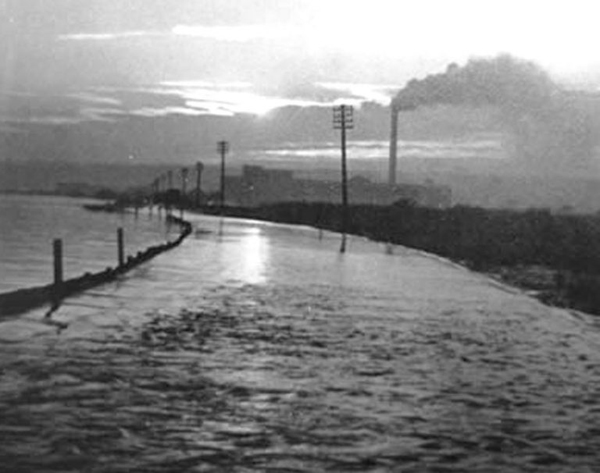 Vintage photograph of flooding in South Ferriby